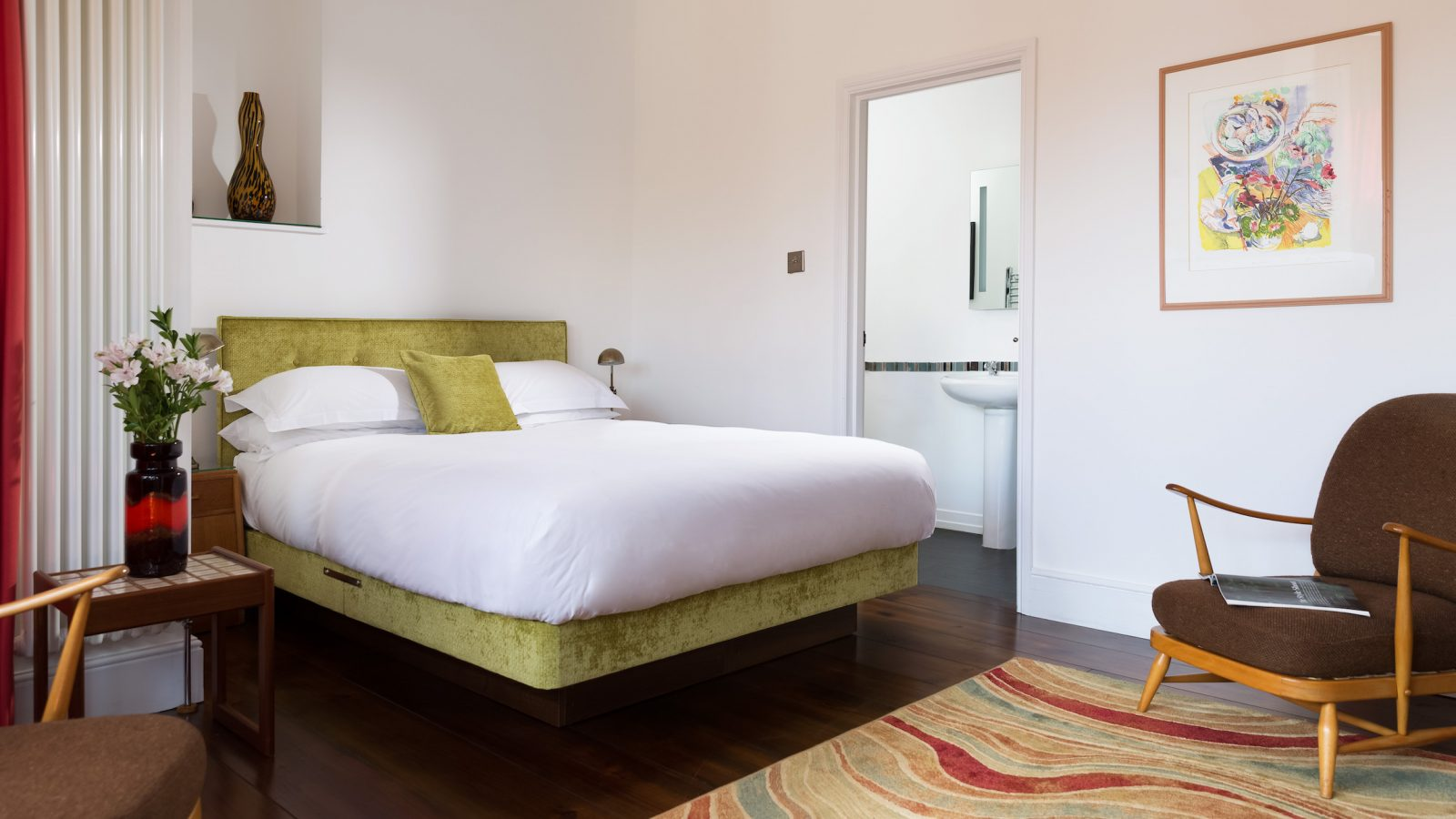 King size bed, Nina Simone room with ensuite