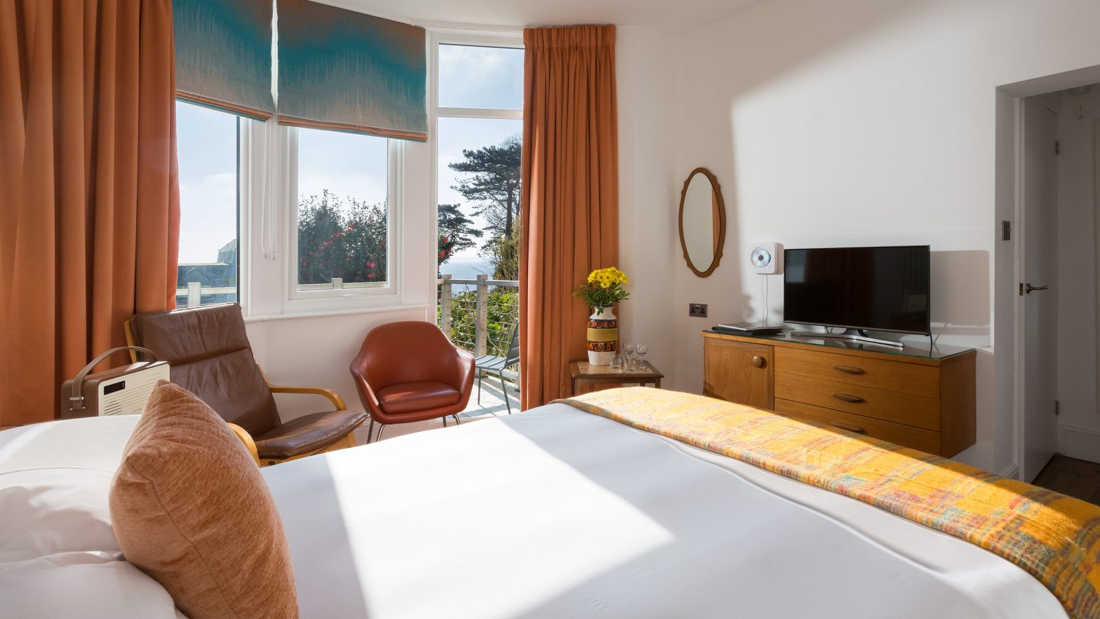 Prince, ground floor, dog friendly, king room with comfy seating and outside terrace